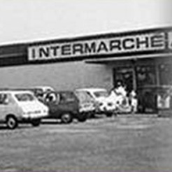 photo d'époque d'une devanture Intermarché