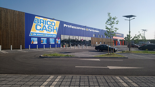 Brico Cash Persan